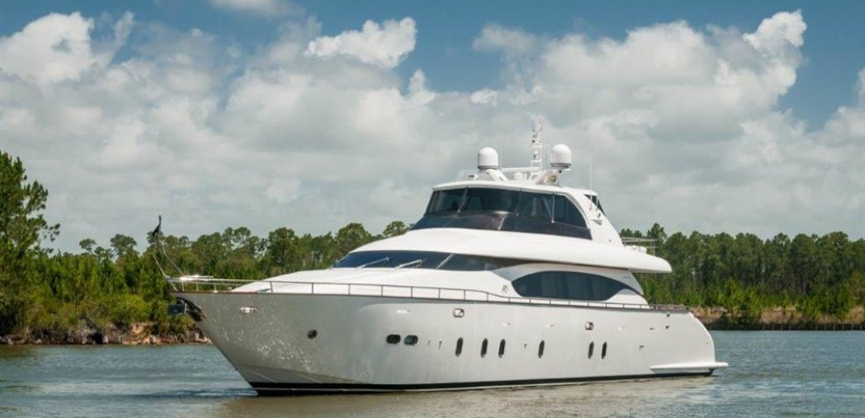 NEVER REST MAIORA YACHTS  2015